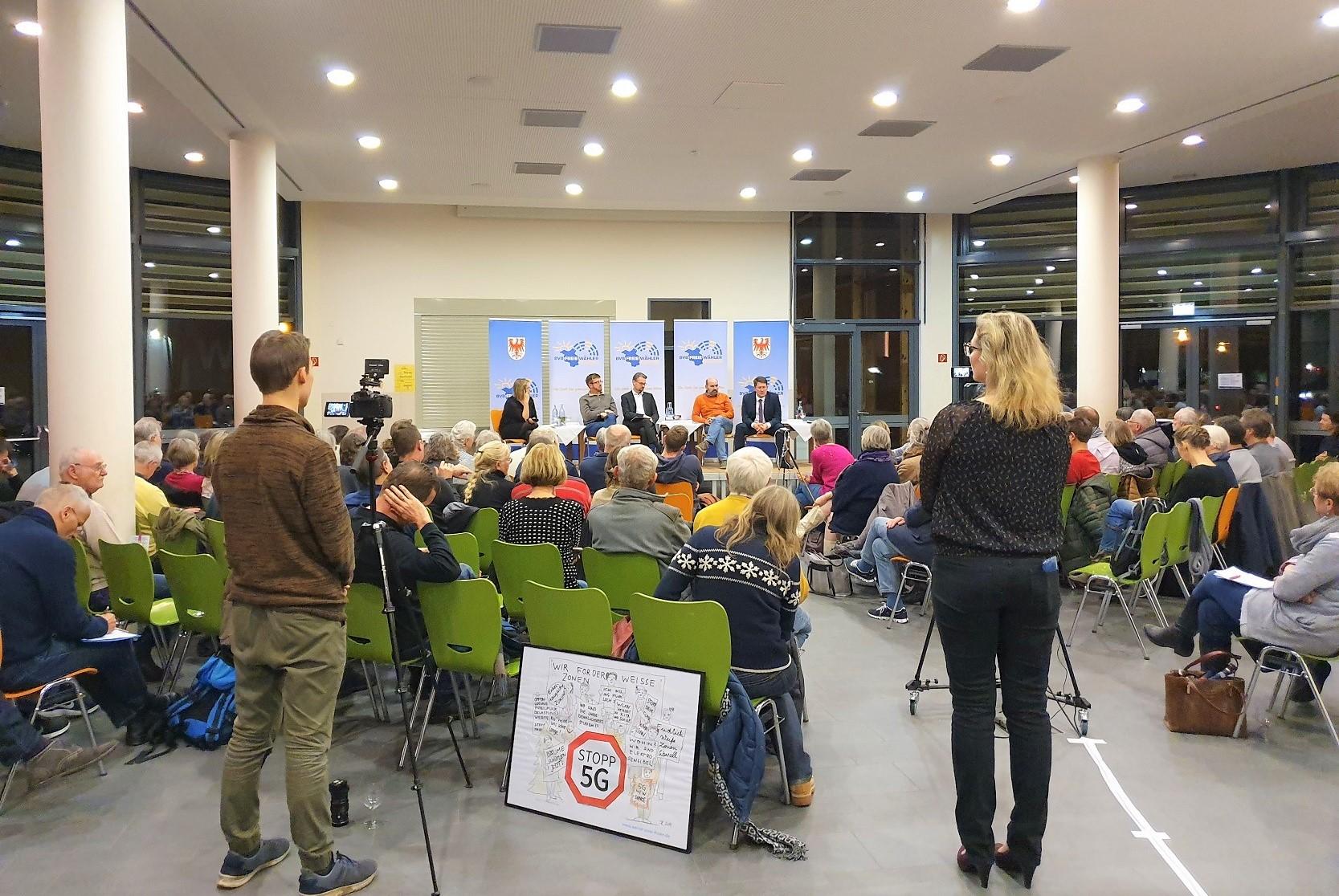Podiumsdiskussion in Bernau zum Thema 5G