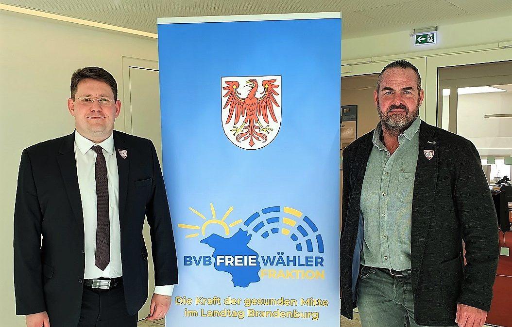 Anti-Mobbing-Aktivist Carsten Stahl zu Besuch bei BVB / FREIE WÄHLER