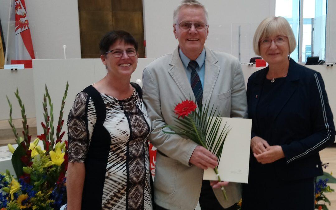 Verleihung der Medaille des Landtages Brandenburg zur Anerkennung von Verdiensten für das Gemeinwesen