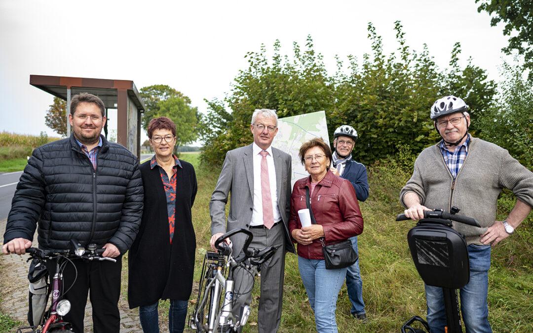 Minister Guido Beermann in Bernau zu Radweg und Ortsumgehung